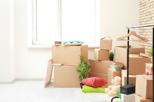 Reasons to Use Storage Whilst Moving Home