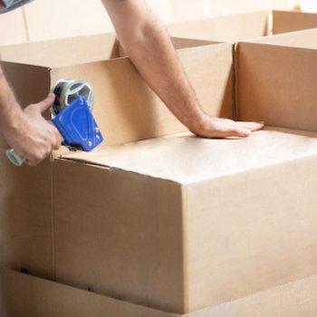 when preparing the cargo box, cargo box, natural shooting background